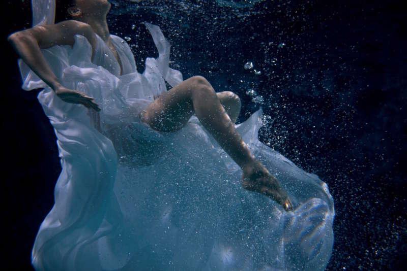 In Acqua: H₂O Molecole di Creatività by Stefano Dominella and Bonizza Giordani Aragno