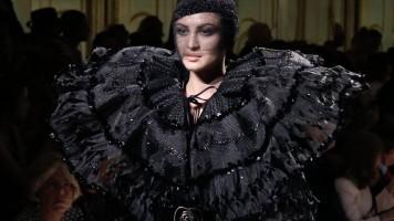 Giorgio Armani Privé – 2017/2018 Fall Winter – Women's Couture Show Behind the Scenes