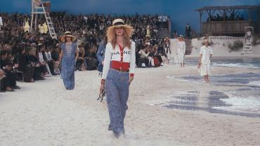 The Spring/Summer 2019 Ready-to-Wear Show — CHANEL