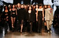 Emporio Armani Women's FW 20-21 Fashion Show